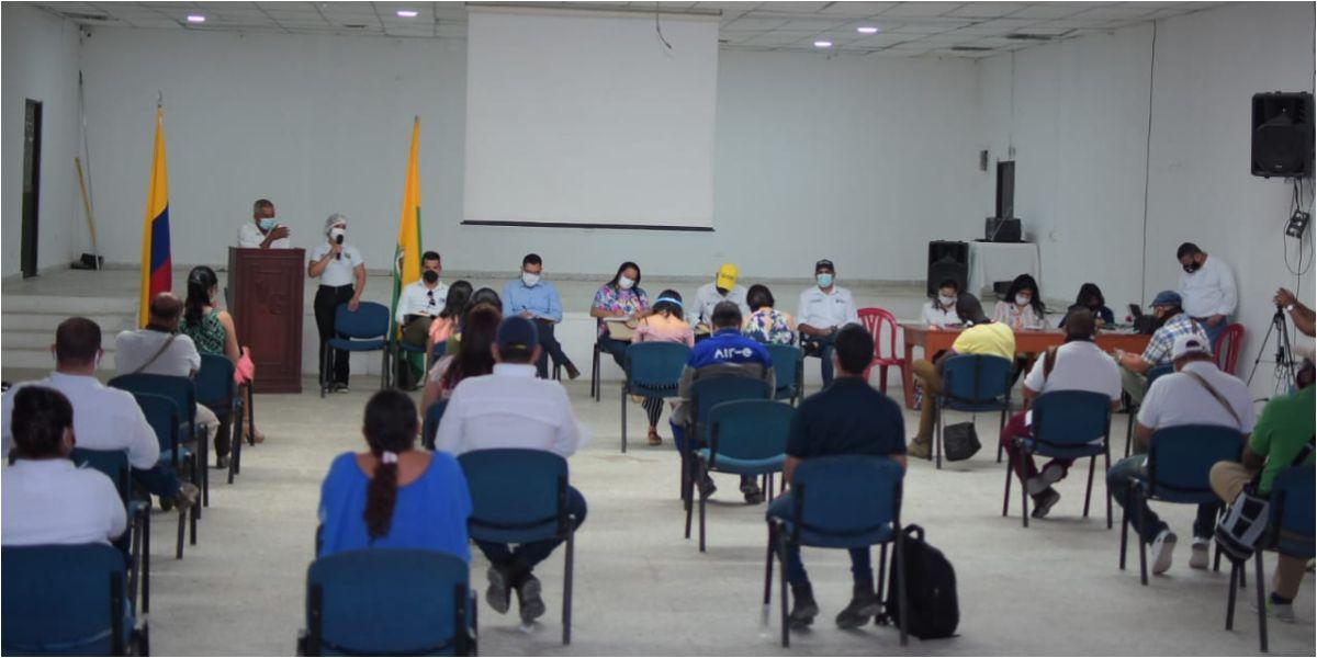 En el encuentro en el que la comunidad tuvo la posibilidad de exponer las situaciones que se evidencian en cada sector de la ciudad.