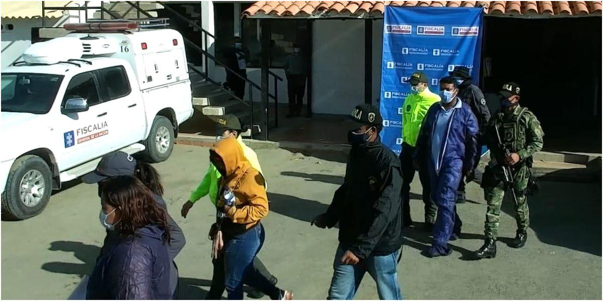 Los sujetos fueron puestos a disposición de la Fiscalía Seccional Santa Marta.