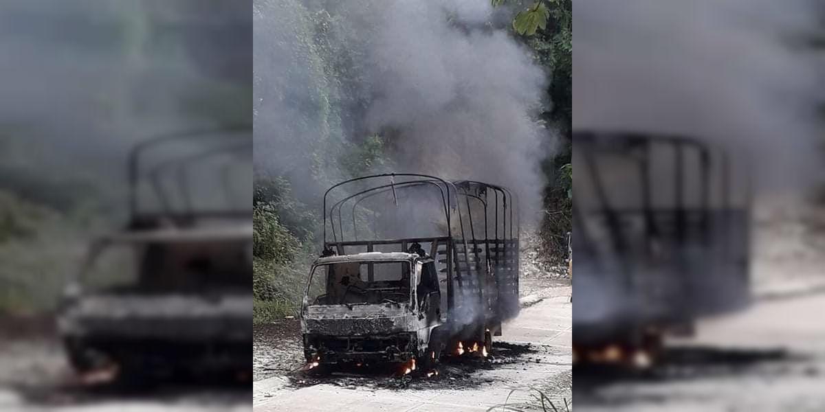 Este es el camión incinerado el pasado lunes, del cual aún no hay una explicación oficial.