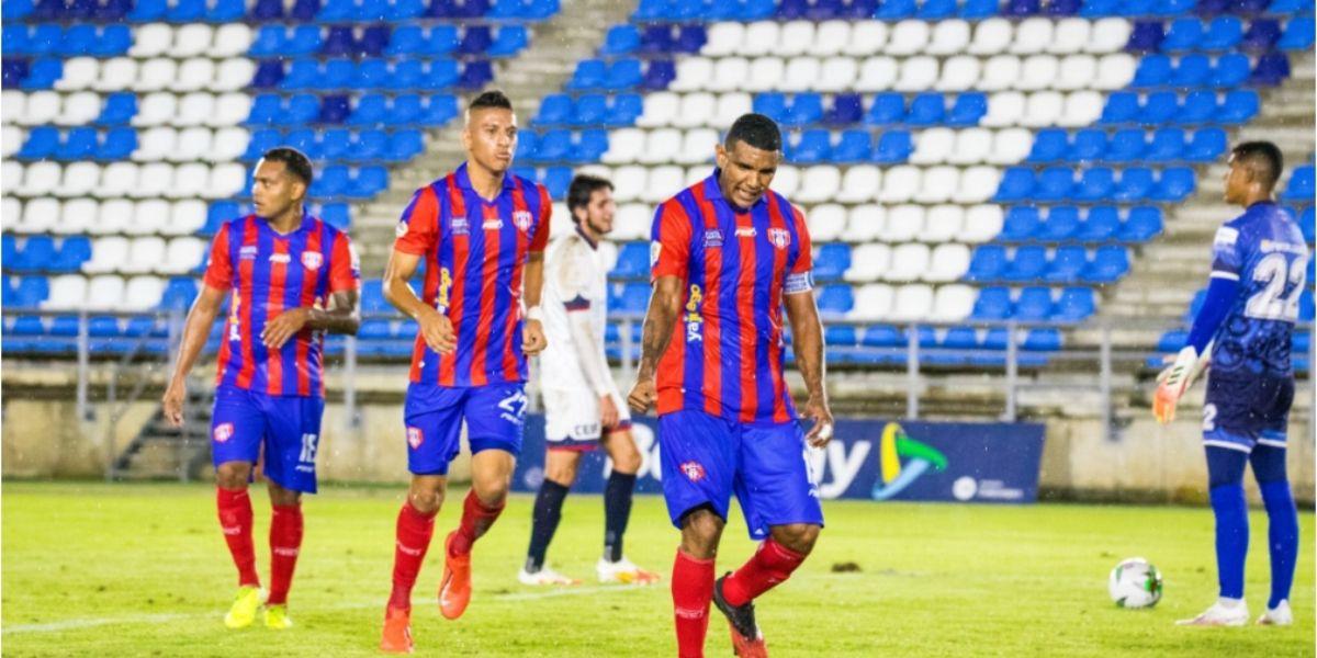 Narváez fue figura en el primer partido de los cuadrangulares.