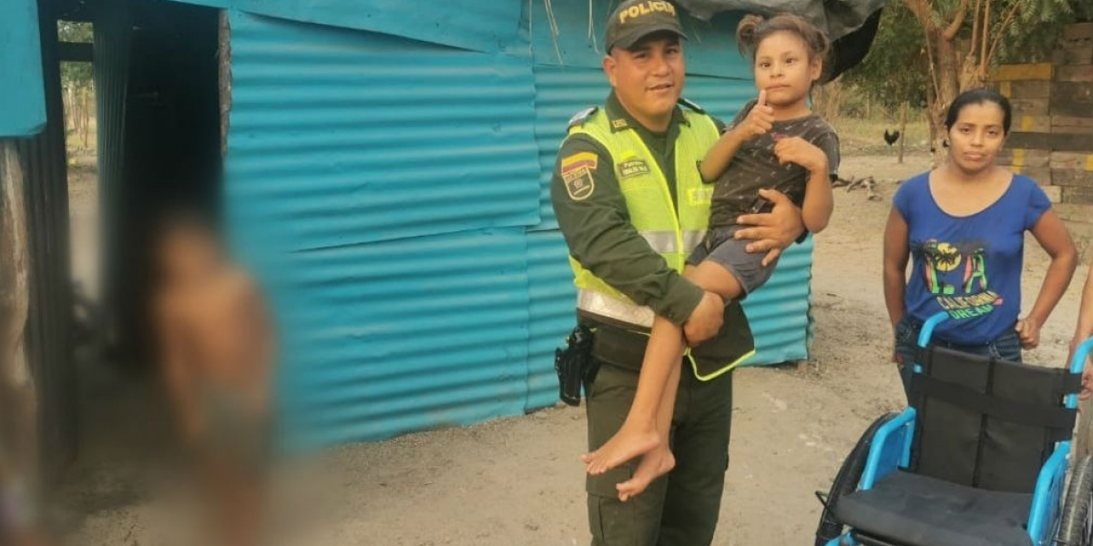 Familiares de la menor agradecen a la Policía por tan bonito gesto.