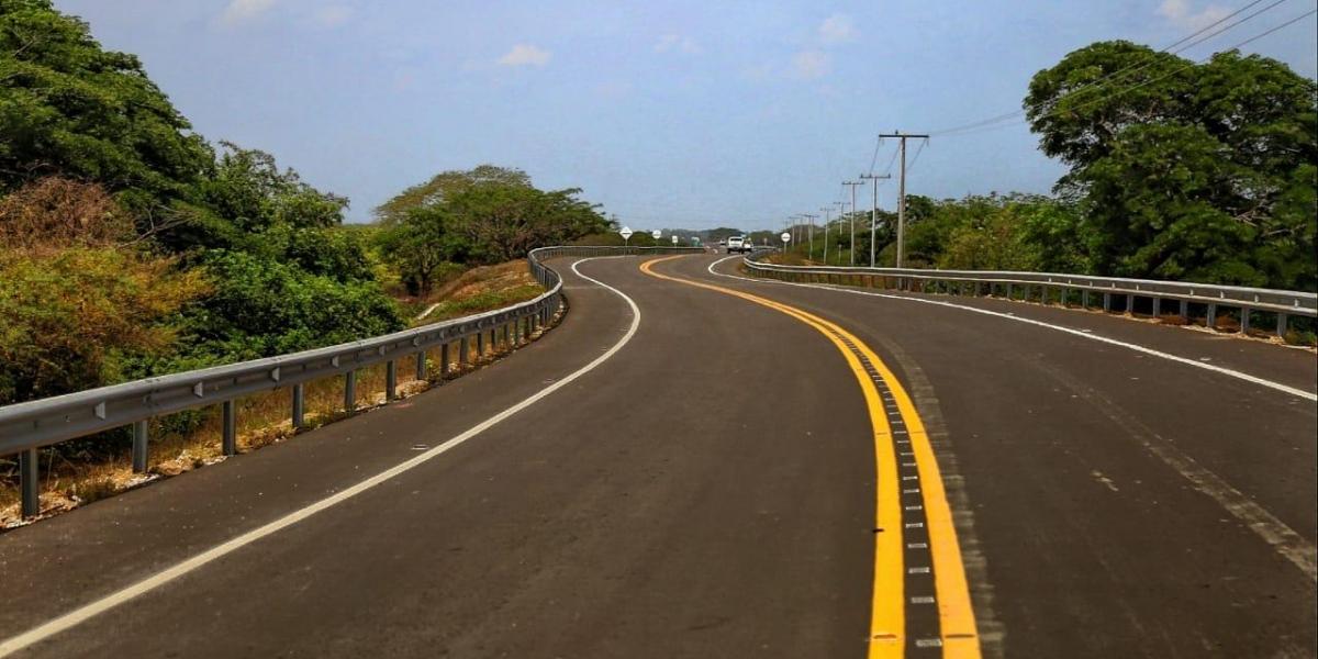 Vía de la Prosperidad, tramo asfaltado.