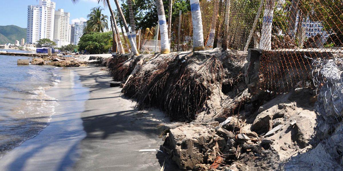 Erosión en Playa Salguero será abordada en medio de declaratoria de calamidad pública.