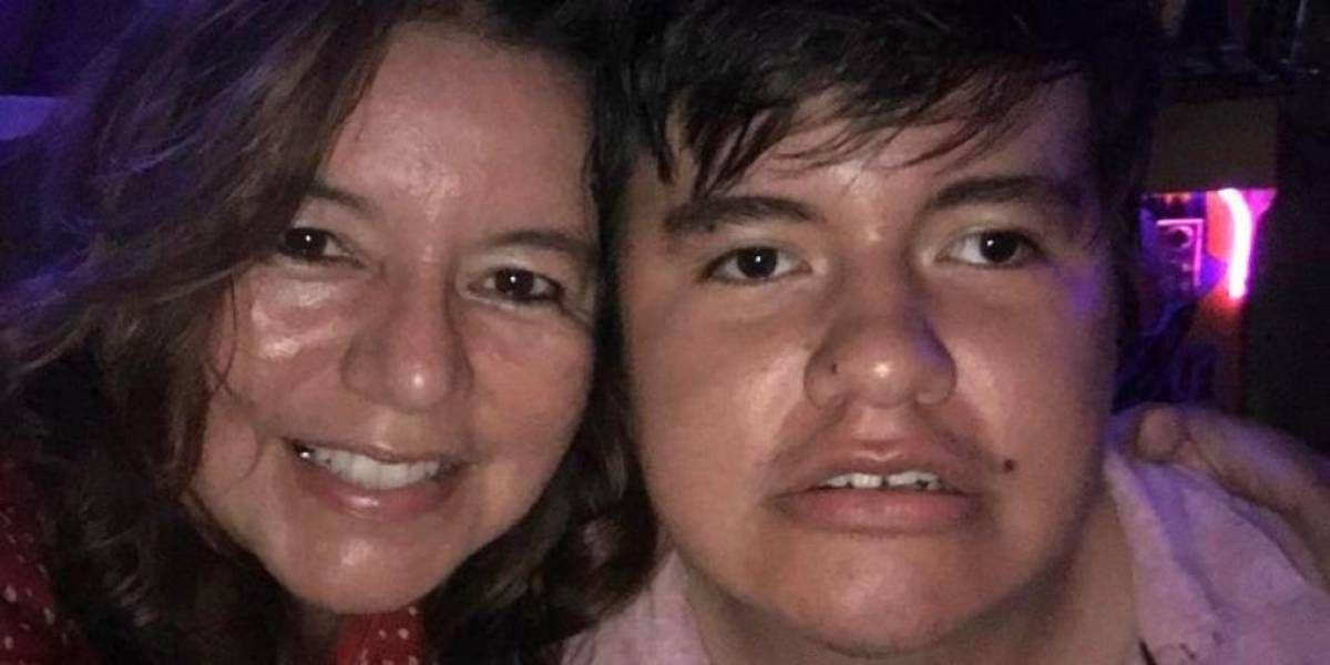 Luz Stella Vásquez y su hijo Julián Osvaldo.