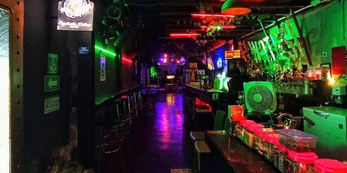 Discoteca - bar El Watusi.