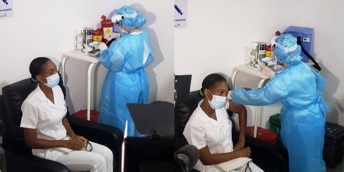 Momento de la vacunación de Marcia Blandón.