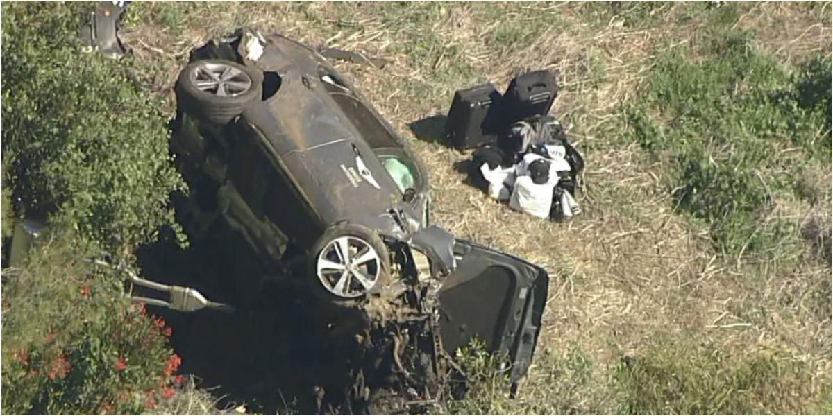Así quedó el vehículo en el que se transportaba el deportista.