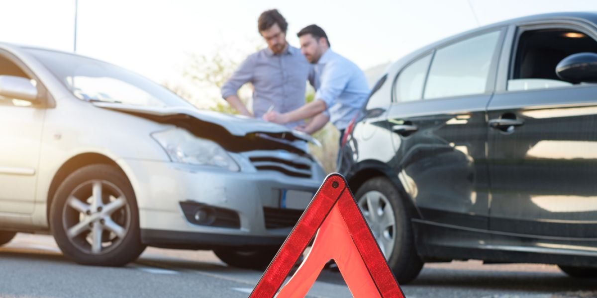 El SOAT es el seguro obligatorio para los accidentes de tránsito. No tenerlo actualizado tiene multa.