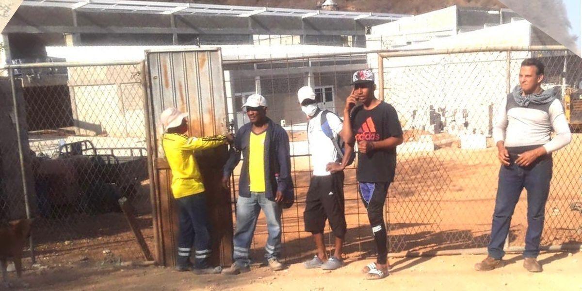 Obreros bloquearon el ingreso a la construcción