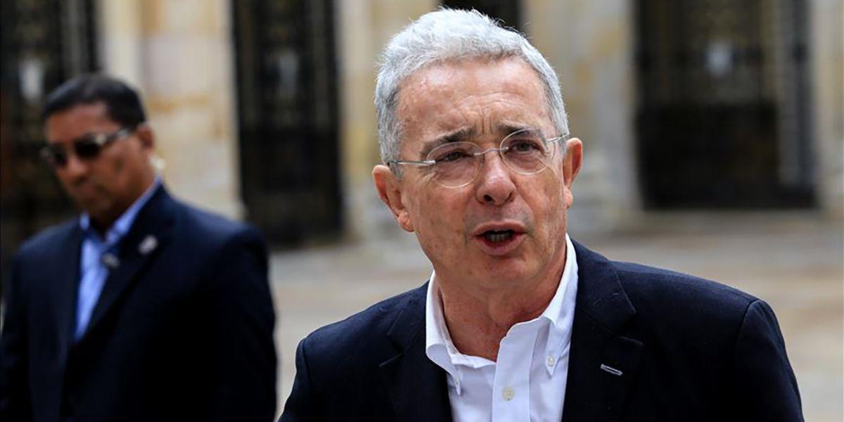 Álvaro Uribe Vélez, expresidente y exsenador de la república.