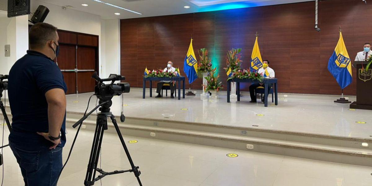 'La Sergio' realizó grados virtuales de Postgrados.