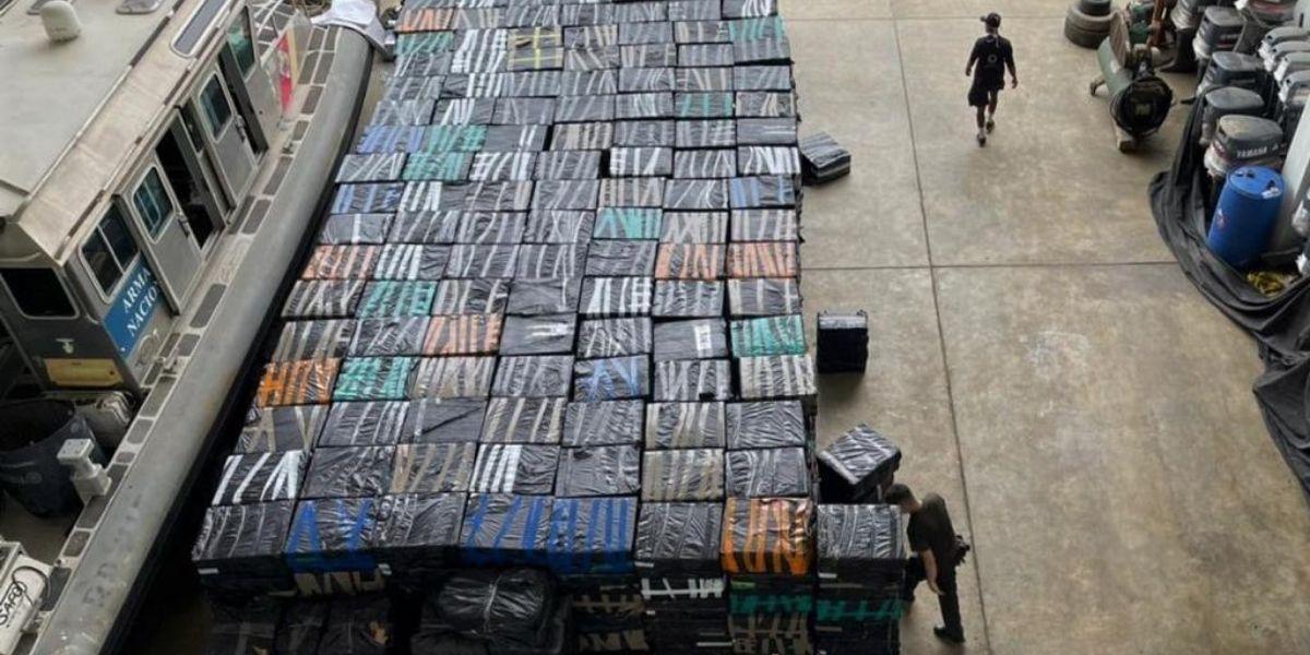 Incautación de mercancía de contrabando.