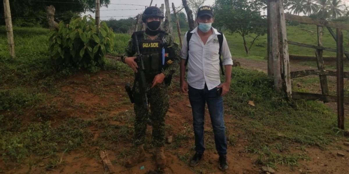 Hombre rescatado por las autoridades en Sucre.