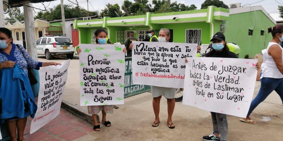 Los involucrados en la protesta pacífica se acercaron a la sede de la administración municipal.