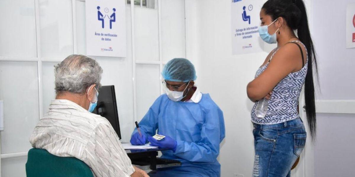 Vacunación en Santa Marta.