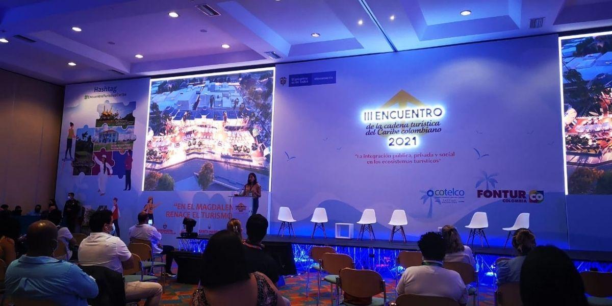 Conferencias en Cotelco