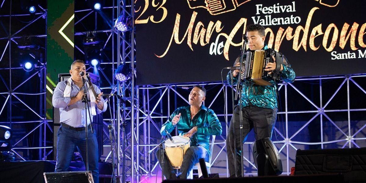 Concursantes de versiones anteriores del festival