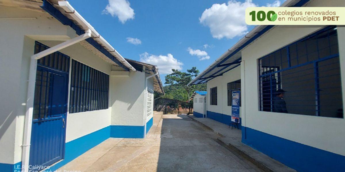 En todo el país han renovado 382 colegios en zonas rurales.