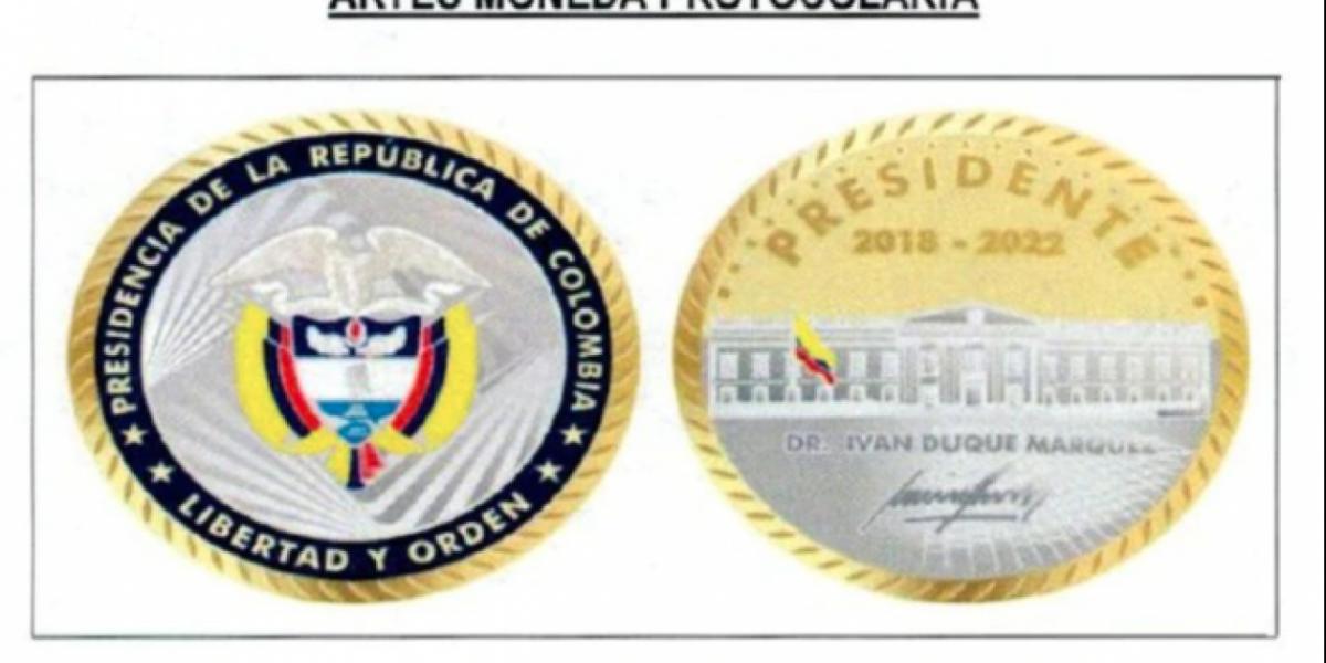 Moneda que regalará en presidente Duque.