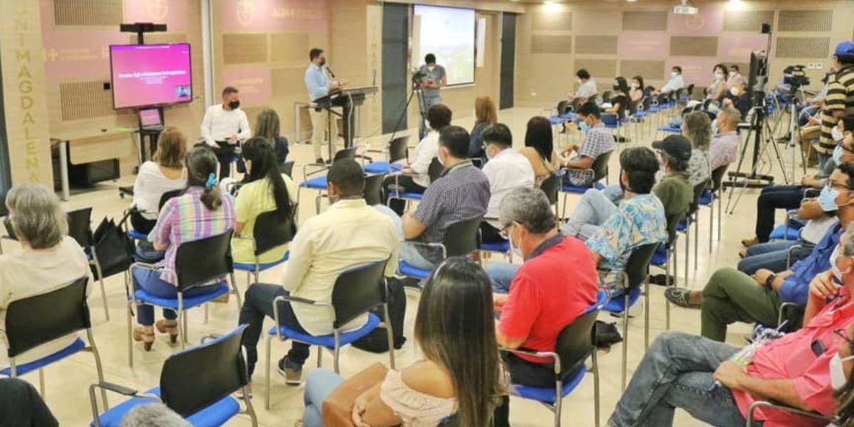Espacio de diálogo abierto y participativo entre directivos y docentes.
