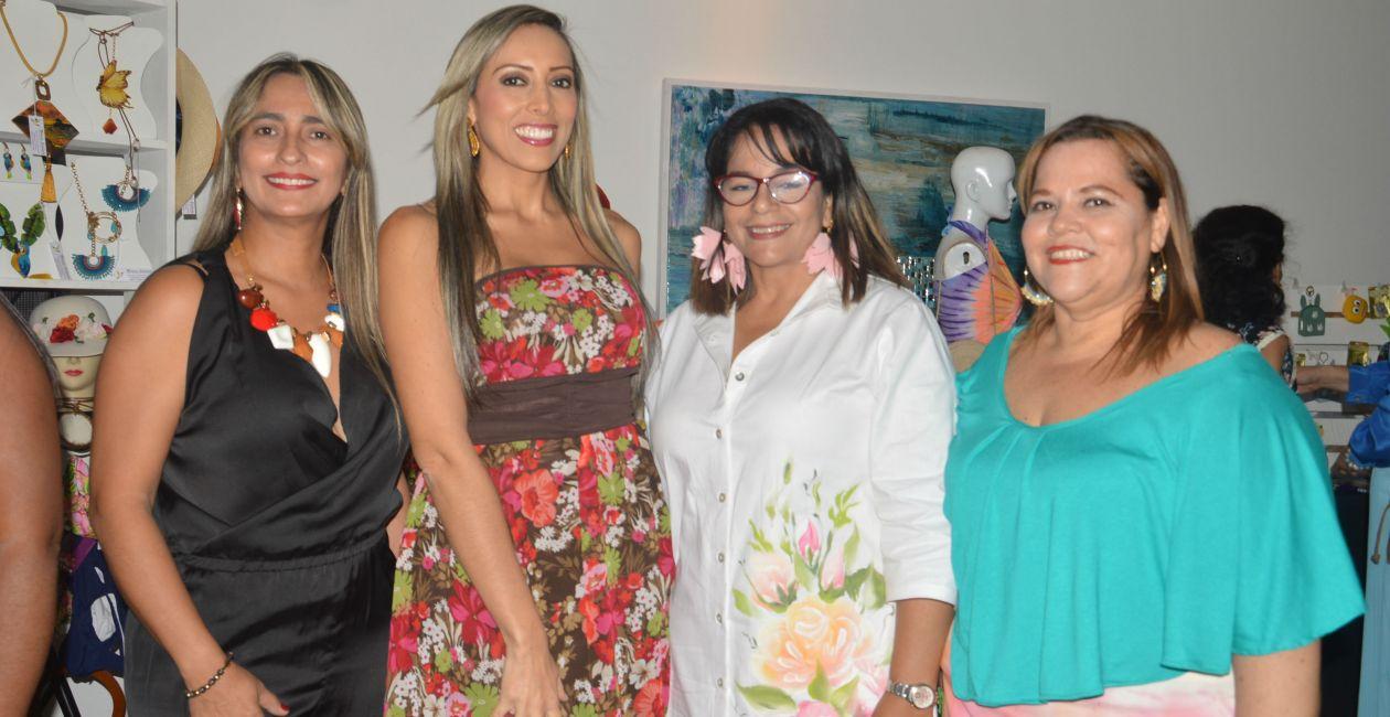 Pilar Espina, Carolina Ortega, Mónica Saldaña y María del Pilar Giraldo.