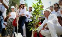 El inicio de obras fue simbolizado con la siembra de un árbol de mango en la IED San Juan Bautista, donde se invertirán más de 3.600 millones de pesos.