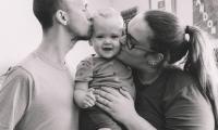 Brianna, Austin y su hijo.