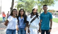 Estudiantes becados por la Fundación Puerto de Santa Marta