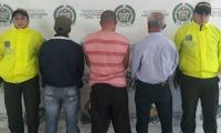Hombres capturados en La Ceja, Antioquia