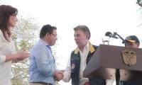 El presidente Santos dará una declaración de prensa después de ver las obras junto a Rafael Martínez.