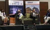 El expresidente participa en un foro en Ecuador donde habla de Paz y Medio Ambiente.