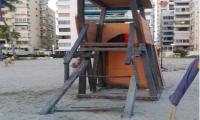 Ni un año duró esta torre de vigía en la playa de El Rodadero