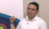 Una decisión provisional de la Procuraduría deja suspendido a Martínez por tres meses.
