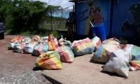 Las autoridades contabilizaron 27 bultos con 723 paquetes de la sustancia ilícita aún por determinar.