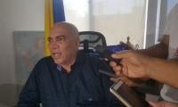 Vicente Guzmán, director de Fiscalías del Magdalena, en rueda de prensa.