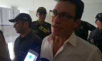 Carlos Caicedo, en su llegada al edificio Galaxia, para continuar la audiencia.
