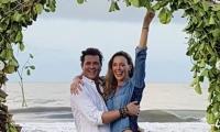 Carlos Vives y Claudia Elena.
