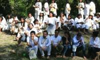 El viceministro del Interior se internó durante 2 horas en carro y otras 2 horas en caminata para reunirse con los indígenas.