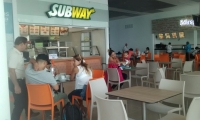 La nueva terminal cuenta con plazoleta de comidas, algo que antes no existía.