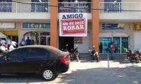 Este curioso letrero apareció en una zona comercial de Santa Marta.