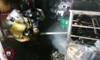Los Bomberos de Santa Marta atendieron la emergencia en la madrugada de este martes.