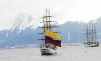 El buque Gloria ha recorrido lo equivalente a 38 vueltas al mundo.