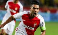 El colombiano celebró el gol que anotó este sábado frente al Angers.