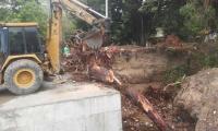 La quebrada Tamacá no ha sido terminada. En ella, debido a esta situación, se han presentado taponamientos.