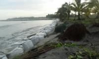 El KM 19 no es el único punto donde amenaza la erosión costera. En Ciénaga también es preocupante.