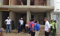 Aspecto de la diligencia realizada en el edificio Puerto Bay.