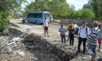 Estado en quedó después de la lluvia de este martes la entrada de Curinca.