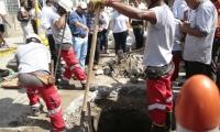 A través de su cuenta de twitter y en rueda de prensa, el alcalde de Santa Marta, Rafael Alejandro Martínez, denunció saboteo en el sistema de alcantarillado.
