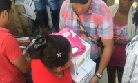 Familias afectadas por las lluvias en los corregimientos de El Cerrito y Mata de Caña recibieron las primeras ayudas humanitarias.