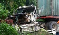 Así quedó la tractomula tras el accidente de tránsito ocurrido el pasado viernes en Fundación.